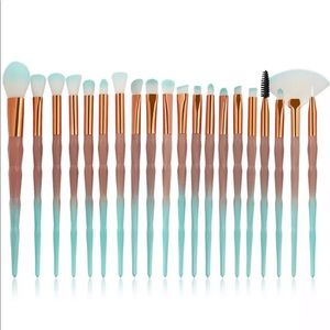 Other - 🔥SALE🔥20 pieces Makeup brush set unicorn